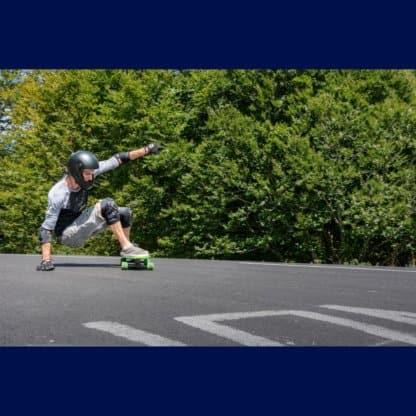 SKA920091 ENNUI Shock Sleeve Knee Gasket SkaMiDan Skateshop Weil am Rhein