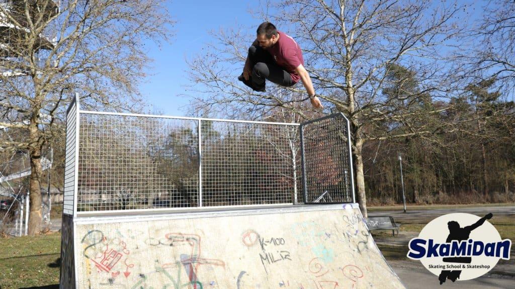 Christian Peter vom Team SkaMiDan Skateschule und Skateshop SkaMiDan Weil am Rhein Basel Lörrach Freiburg und Region Skateschule Inliner Skates Rollschuhe