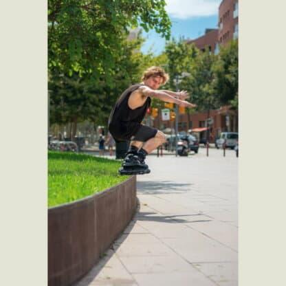 SKA710136 USD Aeon 80 Team Black Aggressive Inlineskates Unibody Aggressive Inlineskates Aggressive Skates aggro skates stunt skates rollerblades aeon skates usd aeon flat frame Stunt Skates Park Skates Aggro Trick Skating Skatepark Inline Skating Rollerblading Freizeitskates Freizeit Skating Inlinerfahren Inliner laufen Skating Rollerblades Inline Skateschule und Skateshop SkaMiDan Weil am Rhein Deutschland Germany