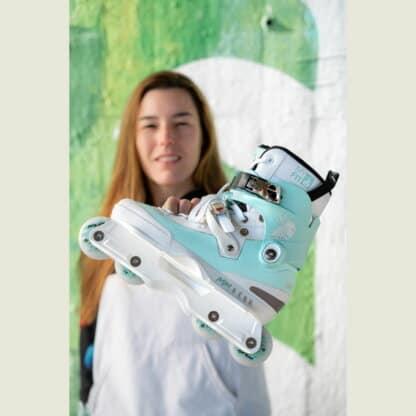 SKA710179 USD Aeon 60 Mery Munoz Pro Unibody Aggressive Inlineskates Inlineskates Rollerblades Aggressive Skates Stunt Skates Rollerblading Aggressive Inline Best Aggressive Skates 2021 Top Stunt Skates USD Aeon Skates USD Aeon 60 Inliner Sport Skates Sport Inliner Rollerblades Rollerblading Lörrach Freiburg Basel Inliner Skateschule und Skateshop Weil am Rhein SkaMiDan Deutschland Germany